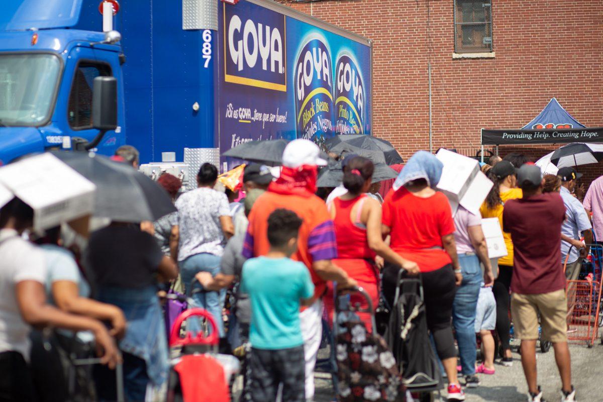 Goya inicia distribución crítica de dos millones de libras de comida a través de los Estados Unidos y Puerto Rico